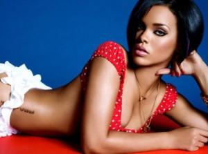 Rihanna-22-04