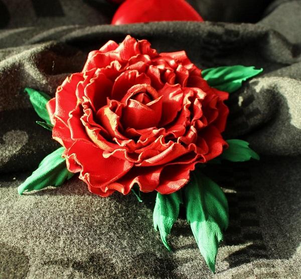 Цветы из кожи 1