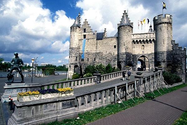 Антверпен 2
