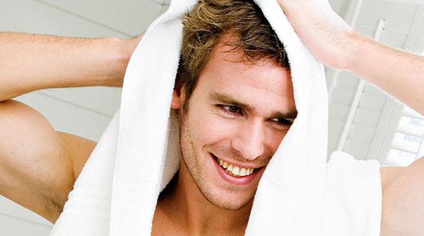 Как нужно ухаживать за волосами мужчинам