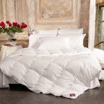Фото - Пуховое одеяло – защита холодной зимней ночью