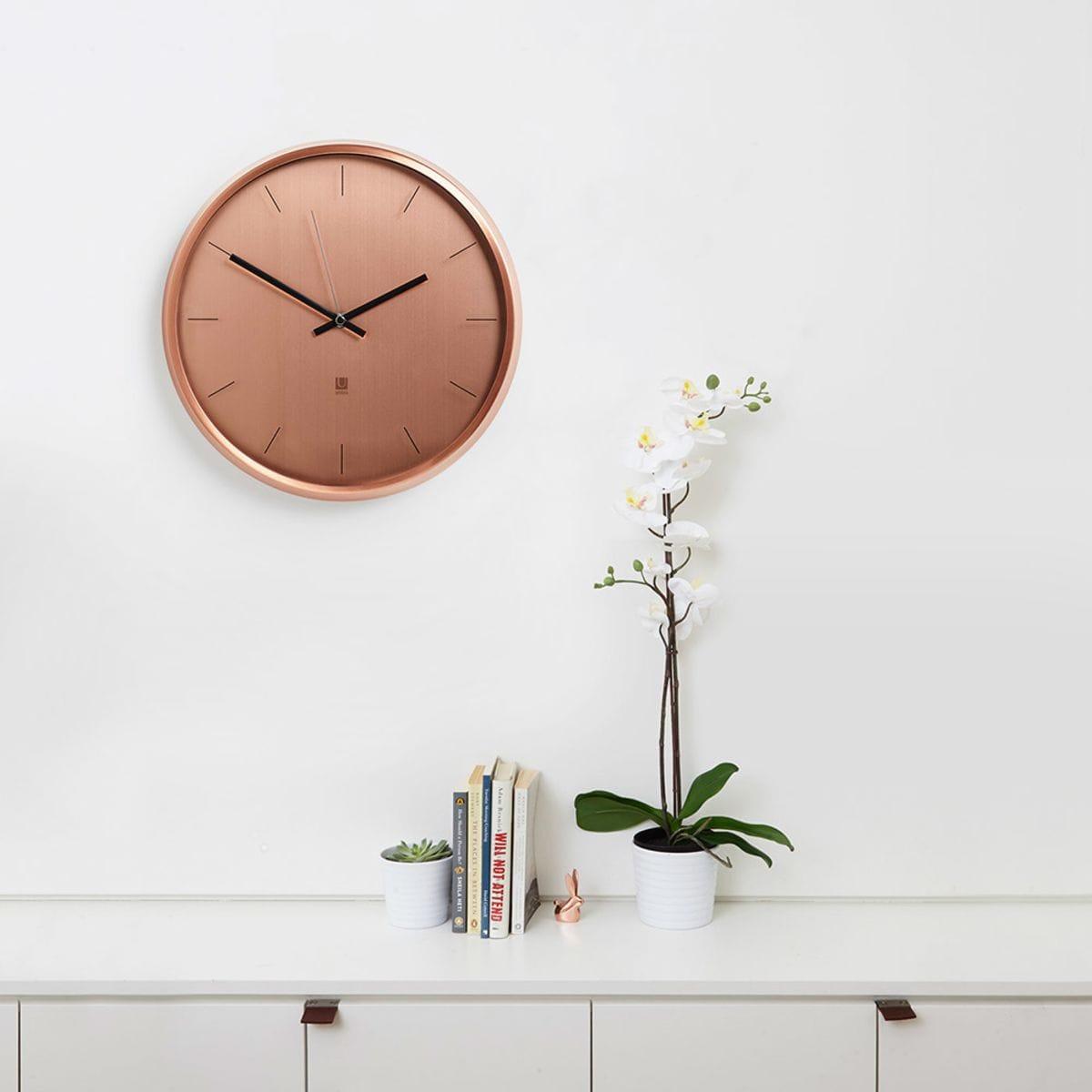 Оригинальные настенные часы, которые преобразят вашу комнату